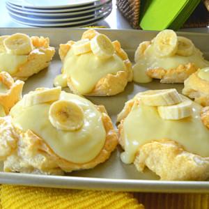 Banana Cream and Meringue Shells