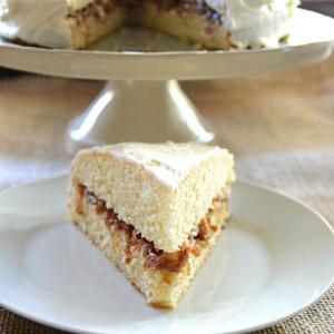 Easiest Yellow Cake