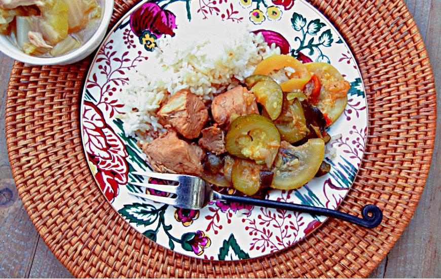 Roselyn's Chicken or Pork Adobo