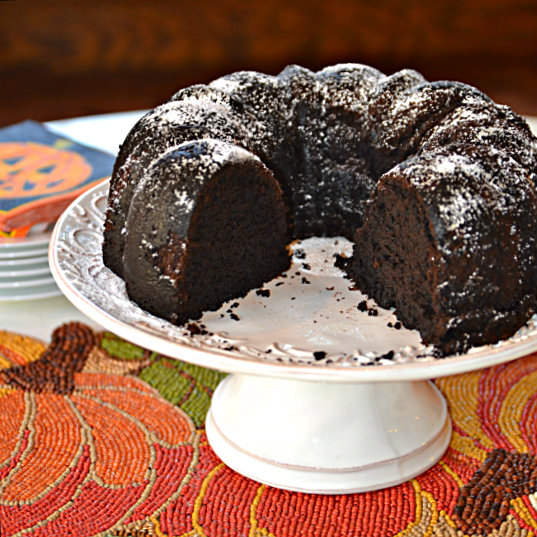 devils-food-pound-cake